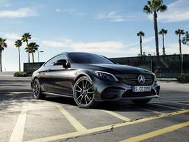 Mercedes-Benz C (2 / 3)