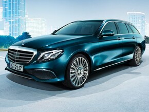 Mercedes-Benz E (3 / 3)