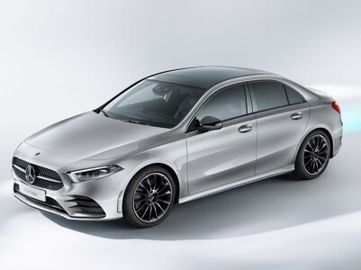 Mercedes-Benz A (2 / 2)