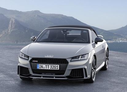 Audi TT RS (2 / 2)
