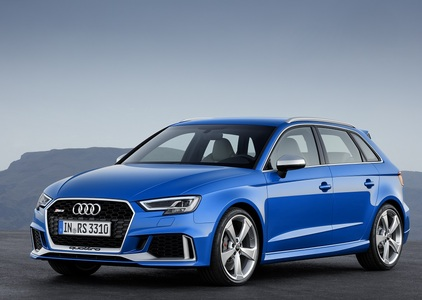 Audi RS 3 (1 / 2)