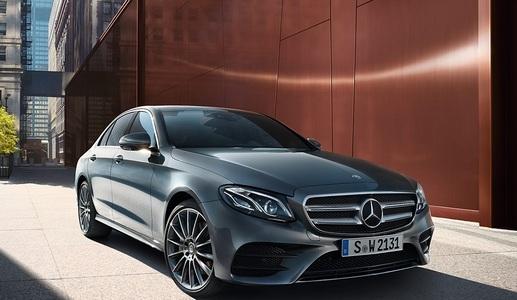 Mercedes-Benz E (1 / 1)